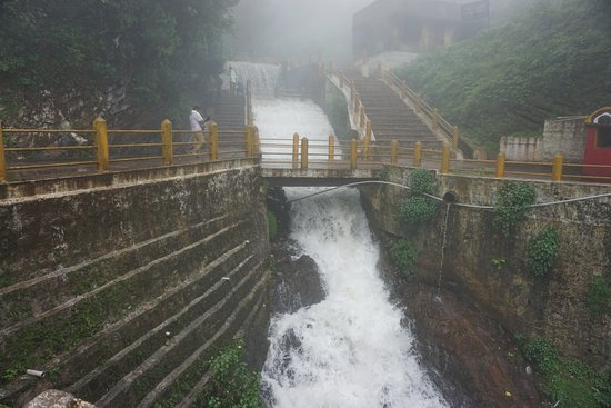 Honnamma Falls